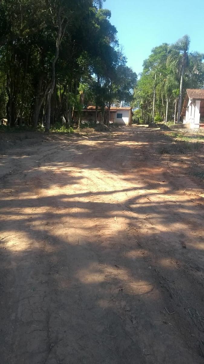 j terrenos a venda de 1000m2 - em ibiuna com infraestrutura