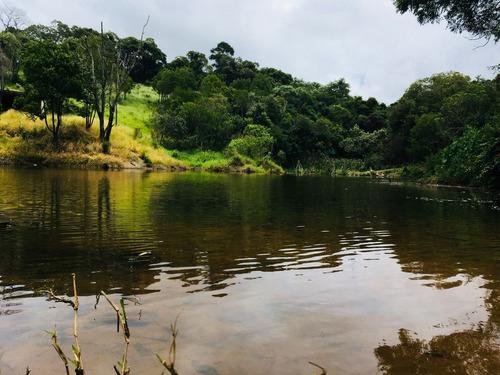j terrenos com lago para pesca e toda infraestrutura ligue