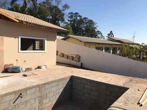 j1 otima casa  c/ lindo acabamento, piscina e churrasqueira