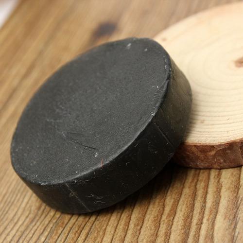 jabon de carbon activado con arbol de te marca sappo hill