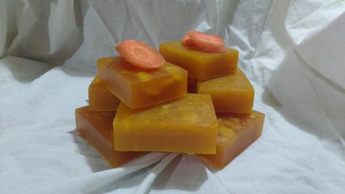 jabon regenerador-antiedad-manchas de zanahoria y miel