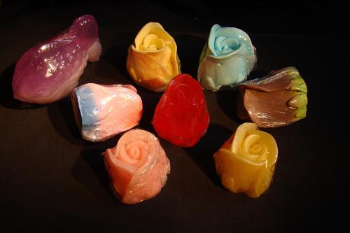 jabones artesanales souvenirs con aromas y vitaminas