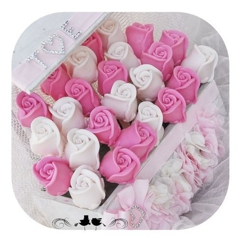 jabones en forma de rosas + peluche