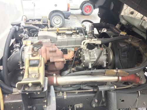 jac 1035 furgón con termo de congelación