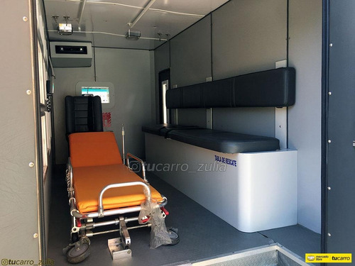 jac 1040 ambulancia