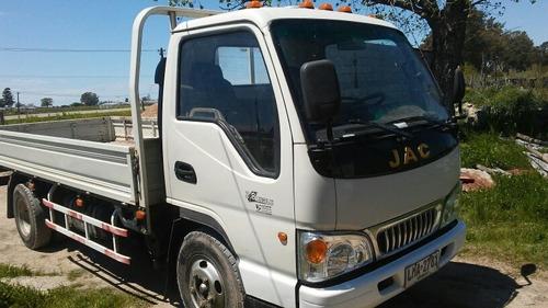 jac  1042