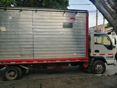 jac 1063 modelo 2013 furgon seco.