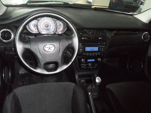 jac j5 1.5 16v gasolina 4p manual