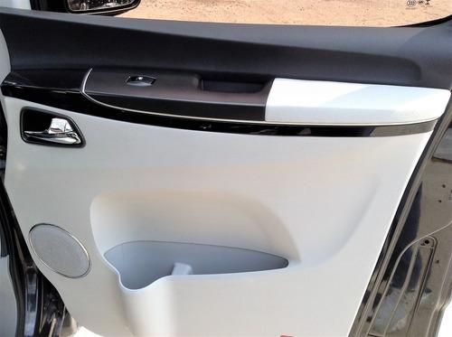 jac van t8 2.0 turbo 7 lugares 2014 completa