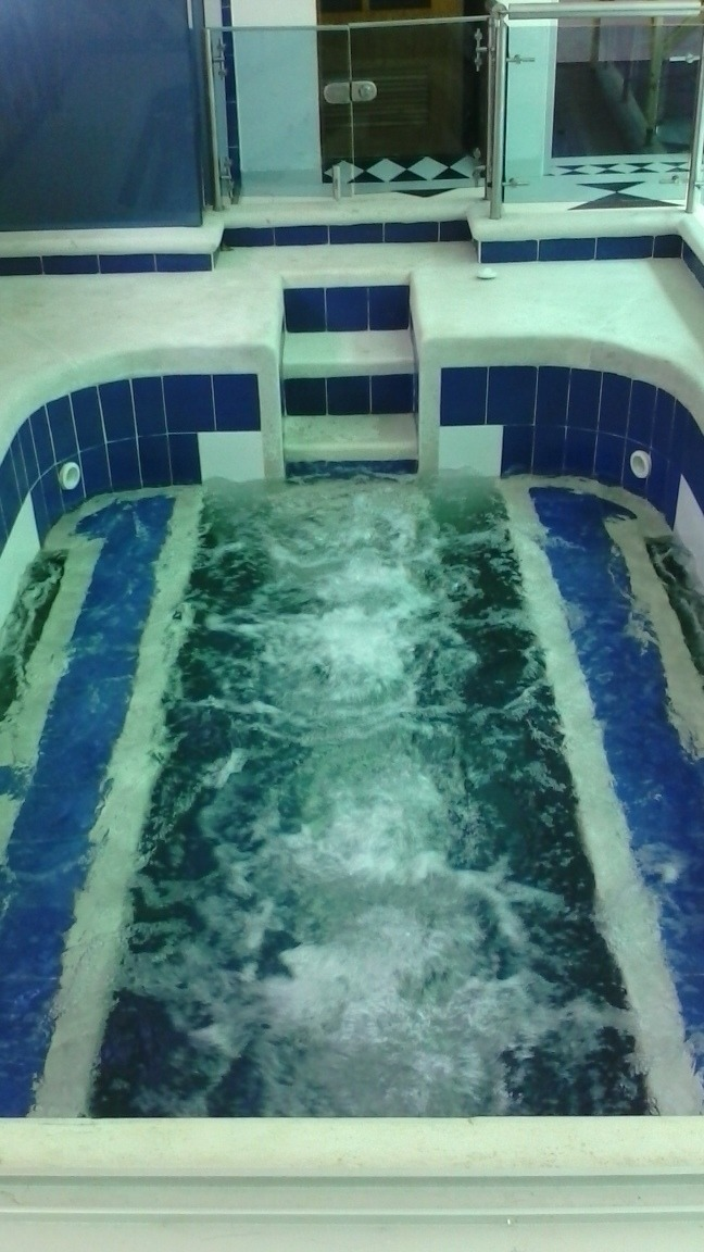 jacuzzis y piscinas
