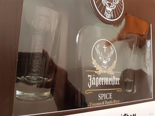 jagermeister jägermeister spice con 2 vasos