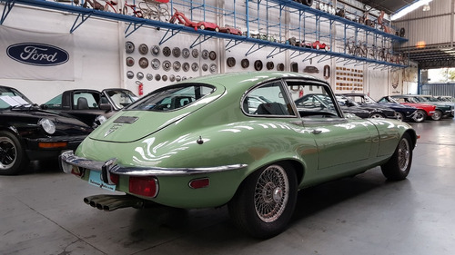 jaguar e type 2+2 - 1972