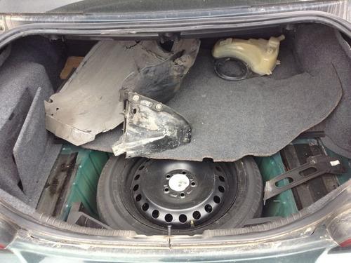 jaguar  x type para refacciones motor, caja , suspension etc