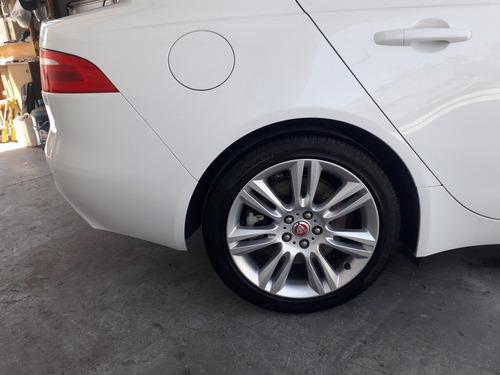 jaguar xe 2.0 25t automatic 2017