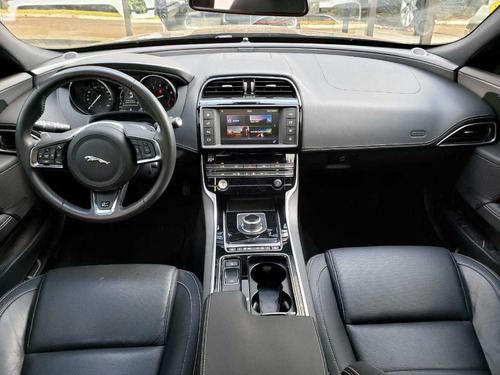 jaguar xe r-sport 250cv