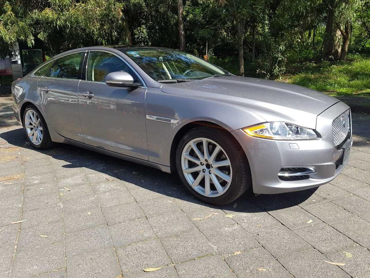 Jaguar Xj Series Premium Luxury 3.0 Lts V6 - $ 604,000 en Mercado Libre