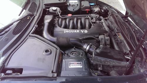 jaguar xk8 2001 convertible 300 hp  monitor gps, caja sport