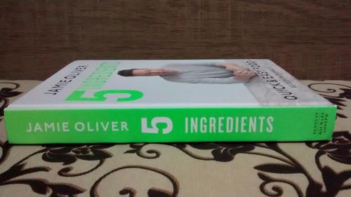 jamie oliver 5 ingredients quick & easy food livro em inglês