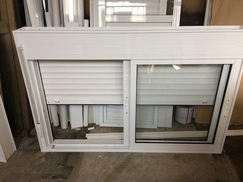 janela  com persiana integrada aluminio 550 a 750xm2