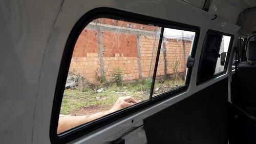 janela kombi carat moderna trazeira acima da roda ate 2014