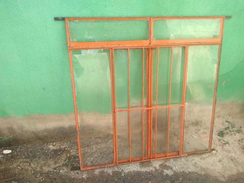 janelas com grade e vidro -usadas