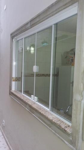 janelas e portas de vidro sob medida