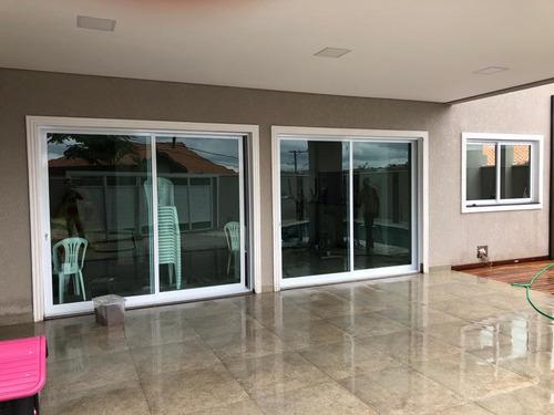 janelas, portas, portões, cobertura, box, guarda corpo etc.