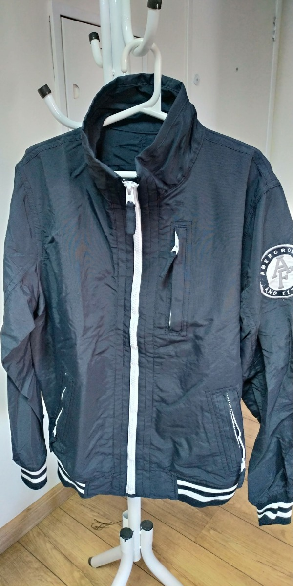 5abffed946 jaqueta abercrombie azul escuro   manga branca pronta entreg. Carregando  zoom.