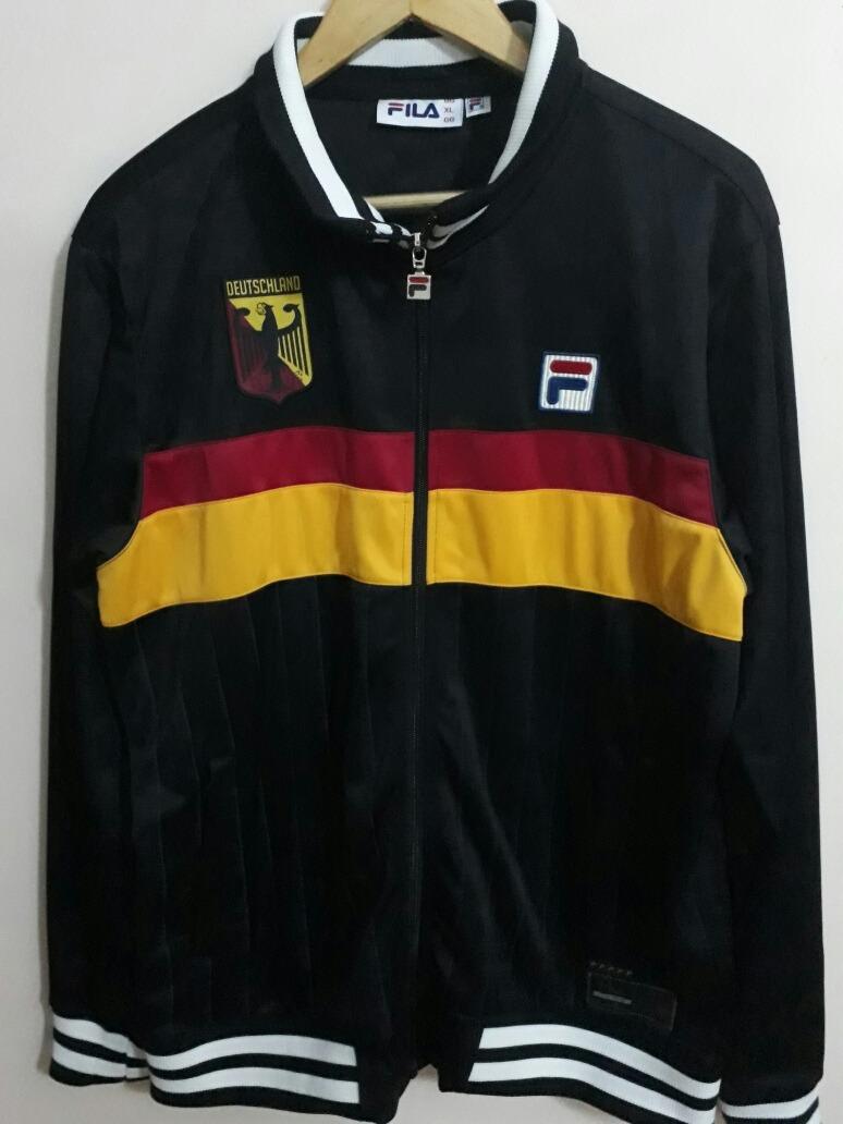 Jaqueta adidas Alemanha - R  300 61bf8dd491517