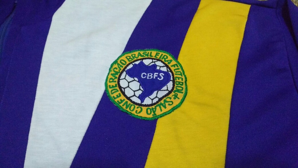 jaqueta da seleção brasileira de futebol de salão anos 80. Carregando zoom. 6e692f6f276d0
