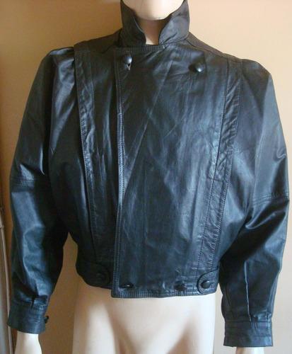 jaqueta em couro legítimo . feminina / designer italiano .