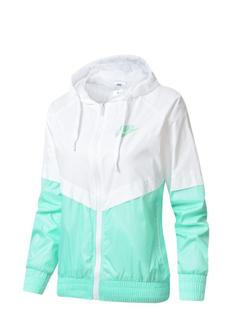 85431176e6 Jaqueta Feminina Corta Vento Nike Impermeável 2019 - R$ 199,90 em ...