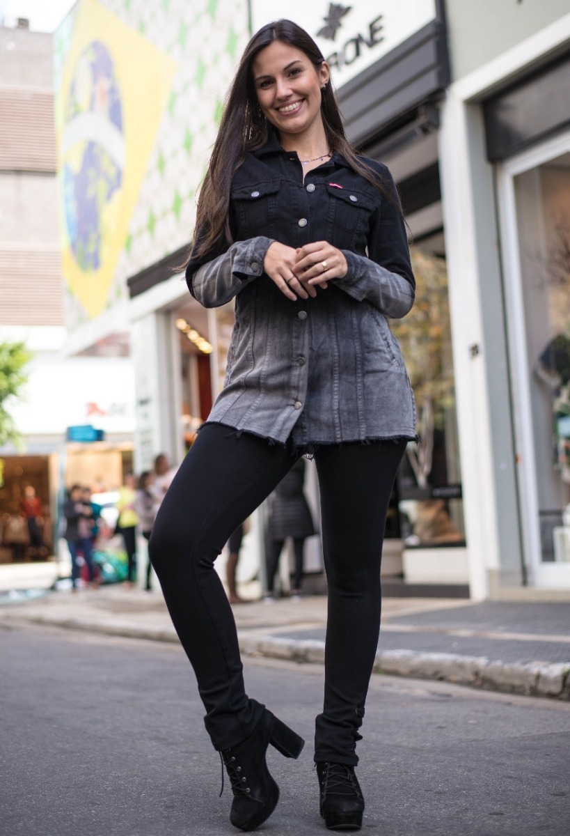 bcc496944 jaqueta jeans feminina revanche max desfiada cod. 51193. Carregando zoom.