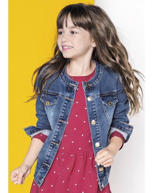 Vestido com jaqueta jeans infantil