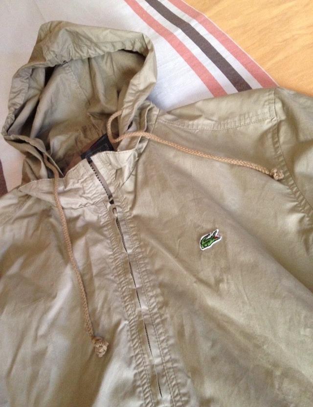 b64f5cb4a8342 jaqueta lacoste impermeável corta vento capuz importada nova. Carregando  zoom.