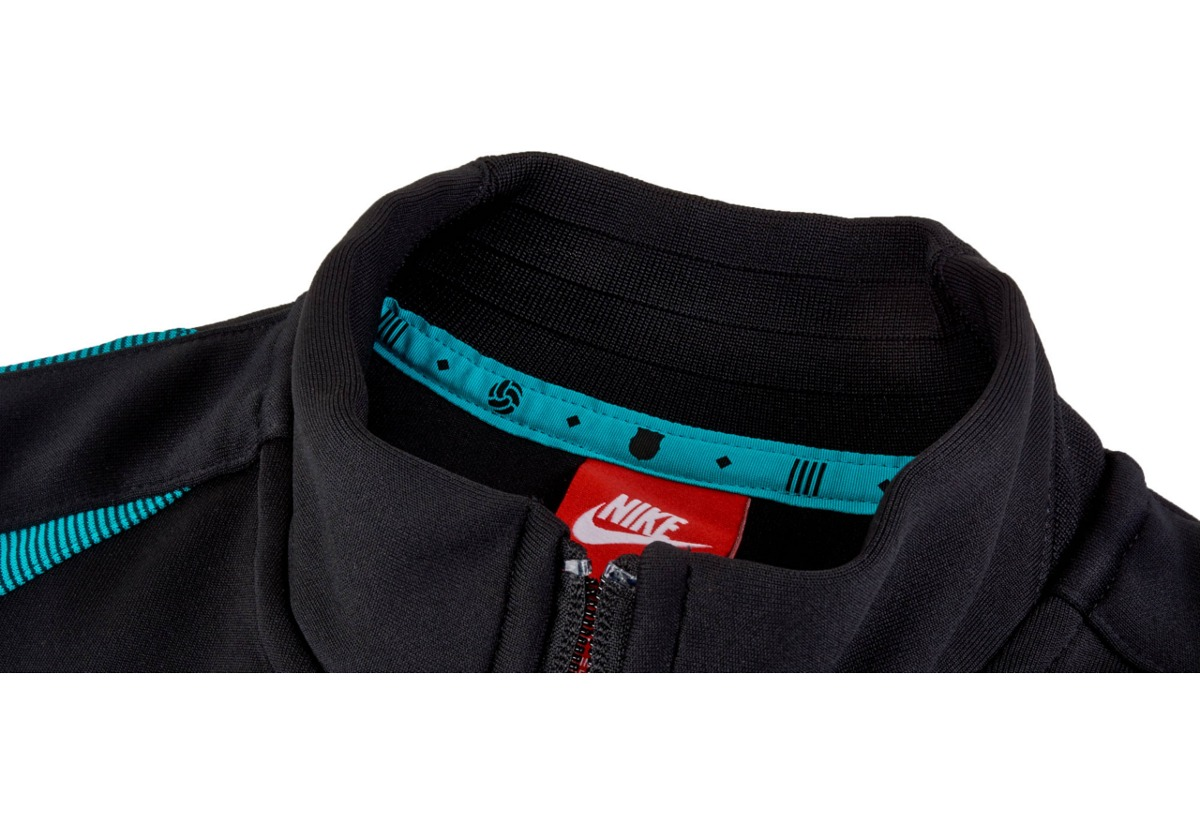 4285a56903 jaqueta nike barcelona authentic n98 track masculina. Carregando zoom.