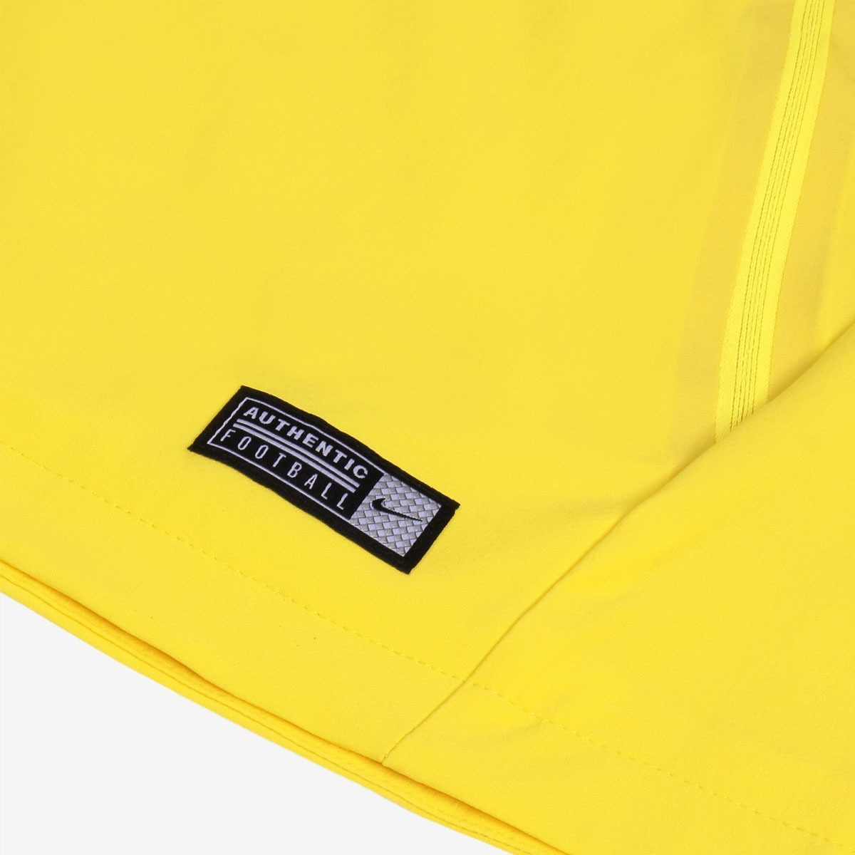 bbd333c3b3 jaqueta nike brasil anthem masculina - amarela. Carregando zoom.