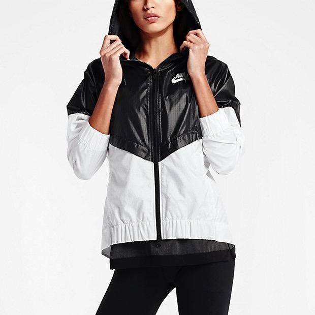 Jaqueta Nike Feminina Corta Vento Preto E Branca
