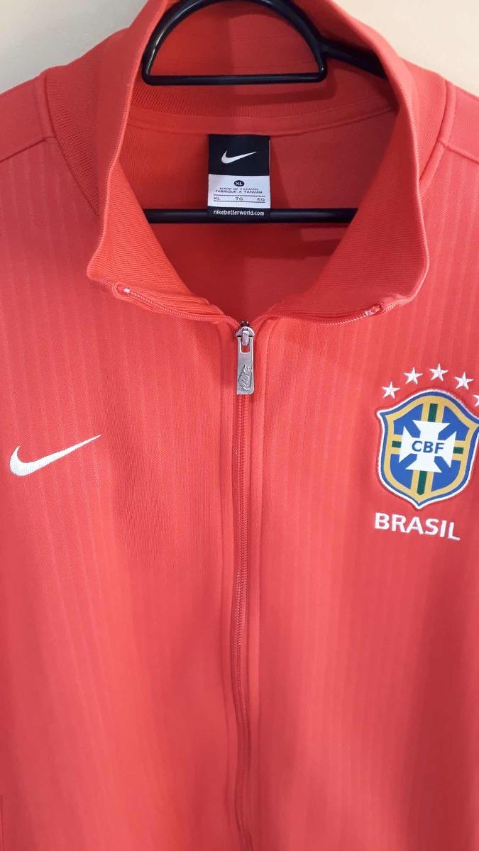 91c7ff00f7 jaqueta seleção brasileira nike n98 - vermelha - tamanho gg. Carregando  zoom.