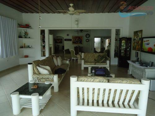 jardim acapulco - 2.100 metros - 05 suites - ca0186