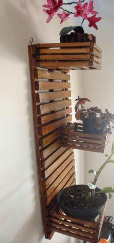 jardim vertical chepô, floreira, orquidário em madeira