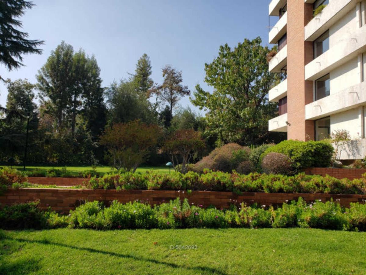 jardin del este / candelaria goyenechea