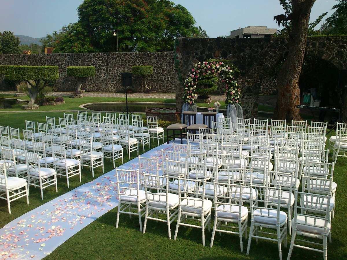 Jard n lagos 21 bodas eventos paquetes cuernavaca for Jardines de casas quintas