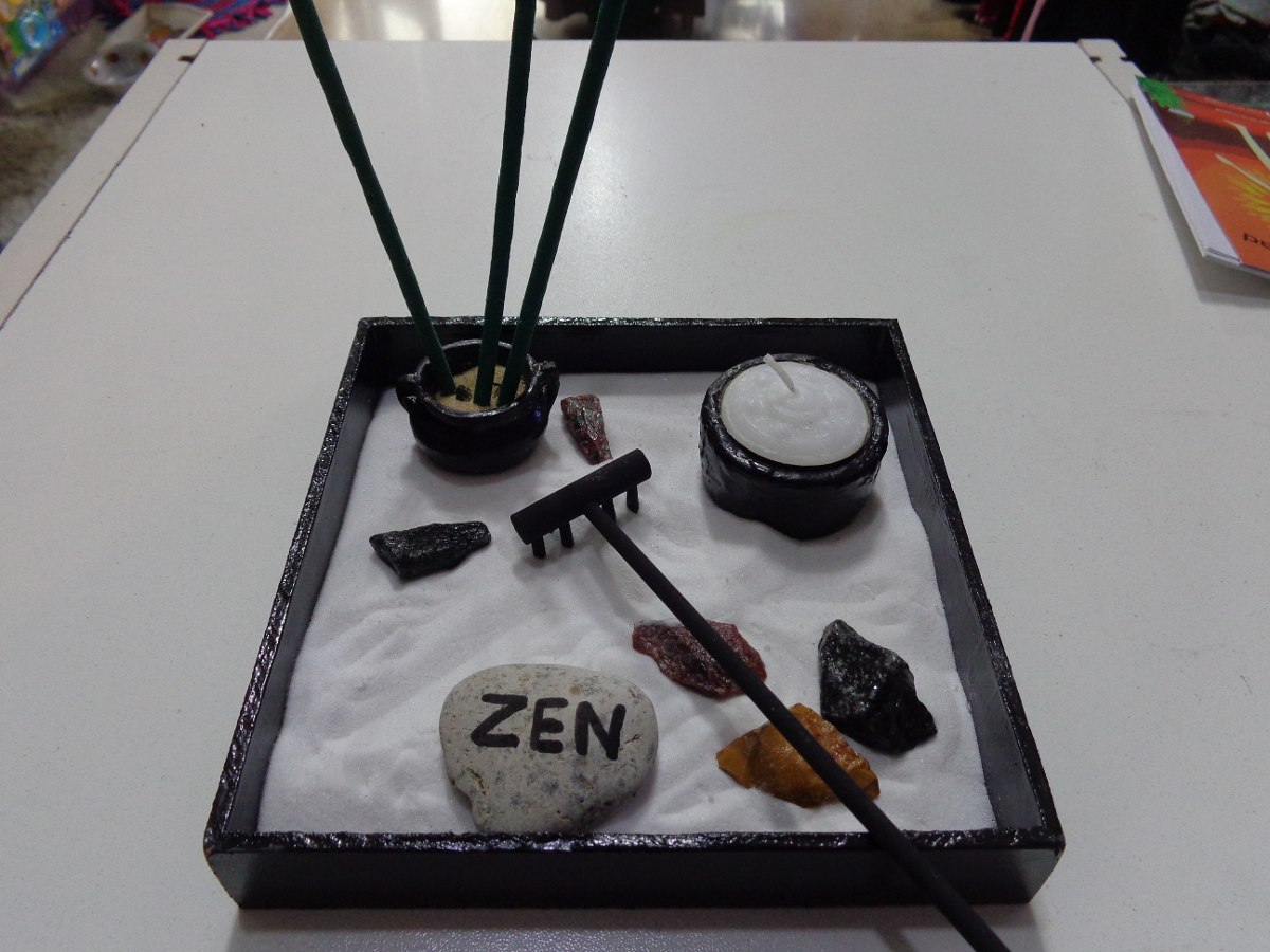 Mini jardin zen fashion designs for Decoracion hogar zen