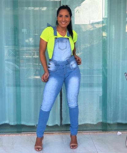 jardineira jeans - delavê
