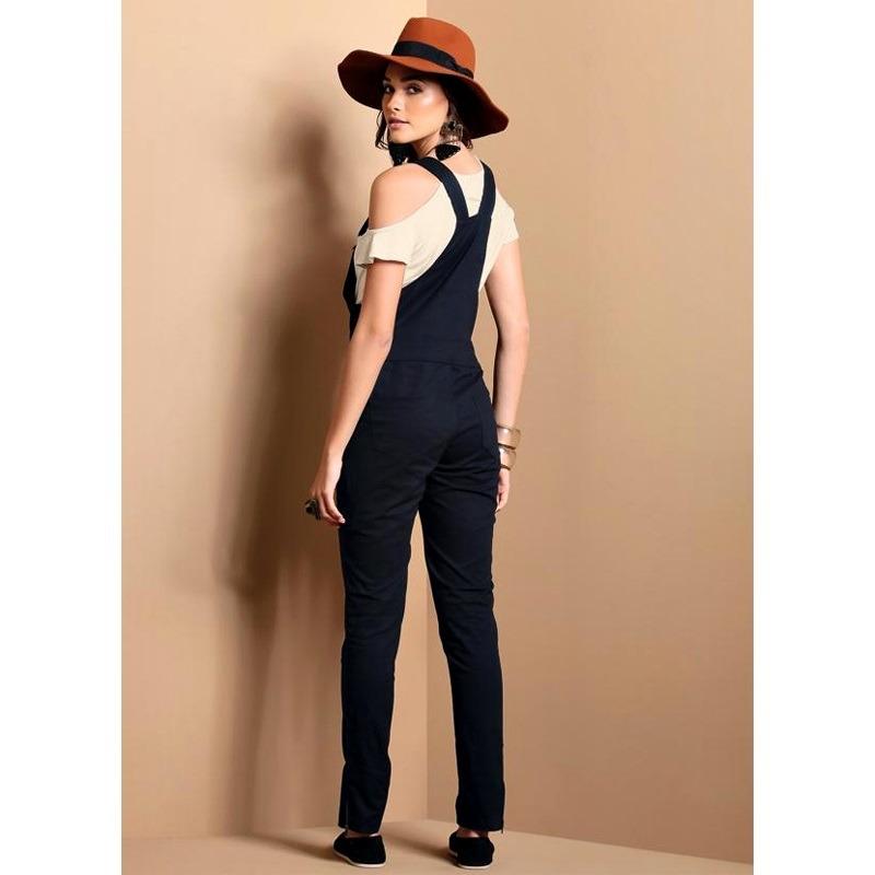 8cdfc83b0 Jardineira Jeans Preto Feminino Com Elastano Quintess - R$ 119,00 em ...
