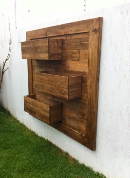 Jardinera pared vertical madera pallets tarima 2 700 for Jardinera de madera vertical