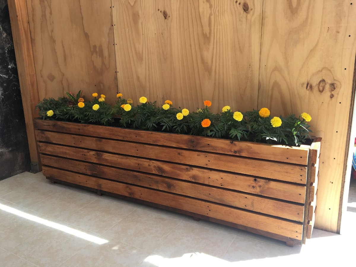 Jardineras on for Jardinera de madera vertical