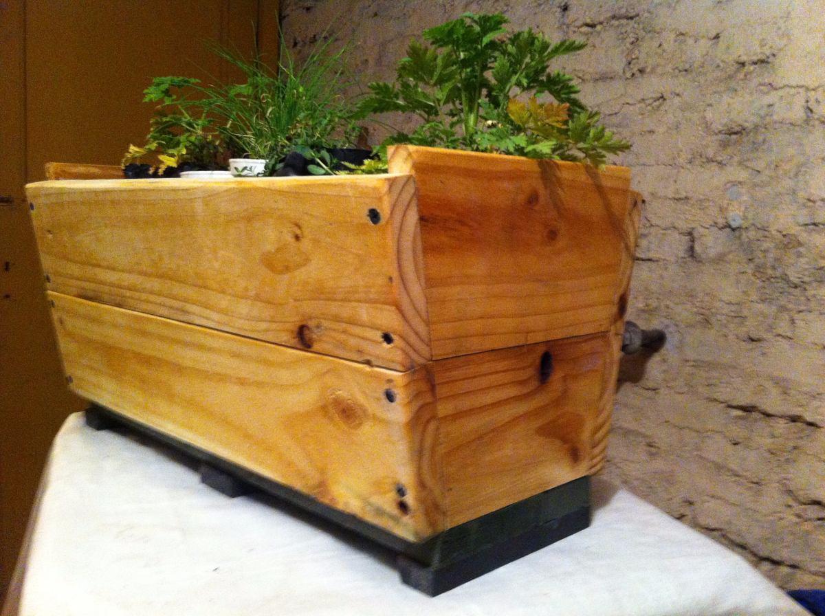Jardineras Madera Diseos nicos 60 Cm Con Ruedas 15000 en