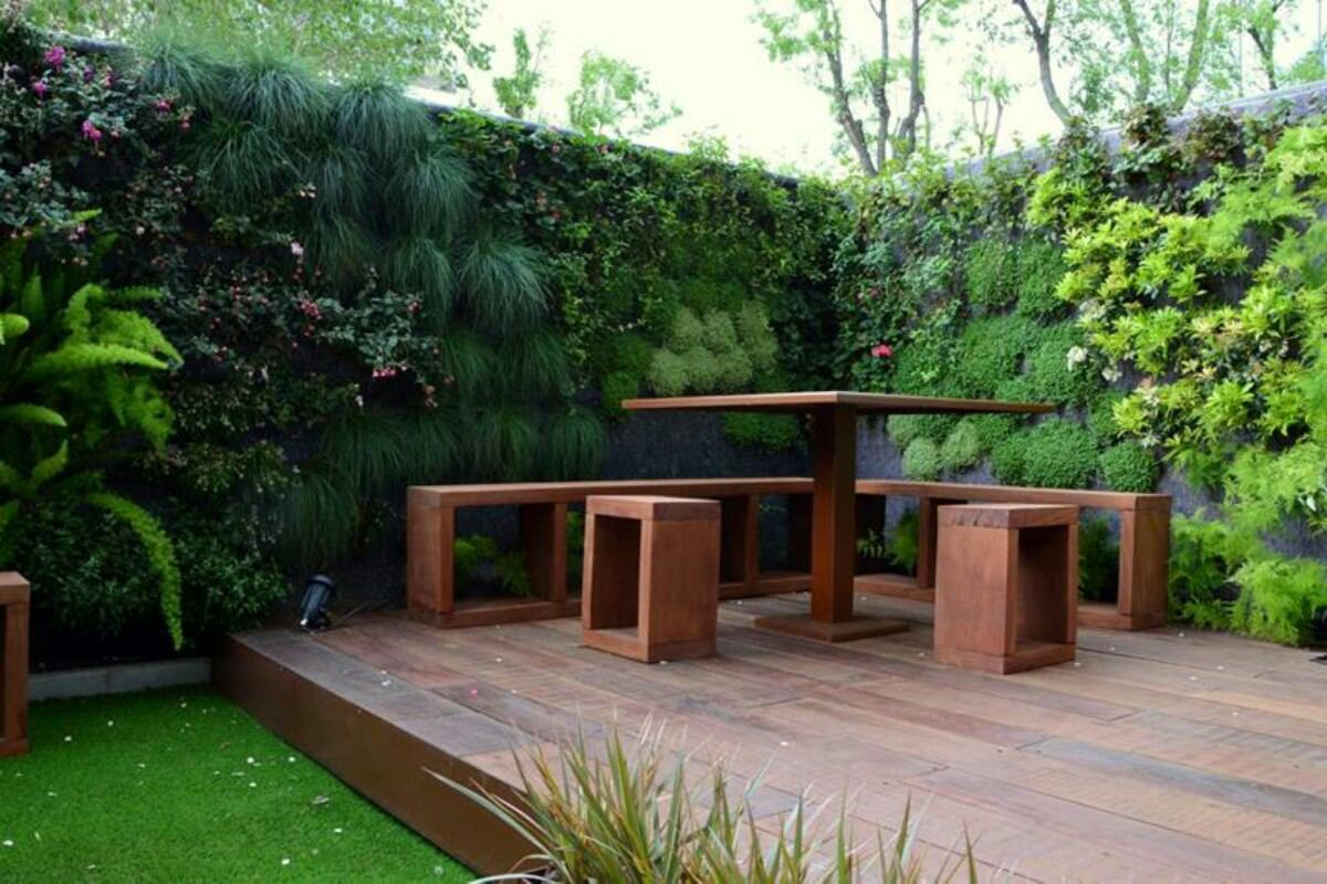 Jardiner a dise o de jardines terrazas balcones etc for Jardines verticales en balcones